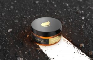 A nova máscara de cabelo preta da Nanoil está a conquistar os corações das maníacas do cabelo! Porquê?